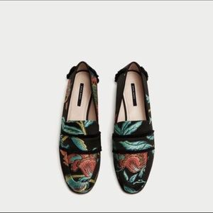 Zara Flats Embroiled Floral Shoes